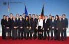 Gruppenfoto des 36. Internationalen Diplomatenlehrgangs mit Bundesminister Dr. Guido Westerwelle